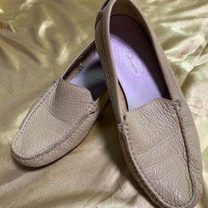 Talbots Light tan loafers size 6M
